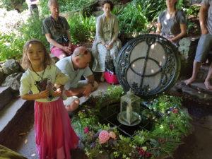 Zahrady Glastonbury Chalice Well